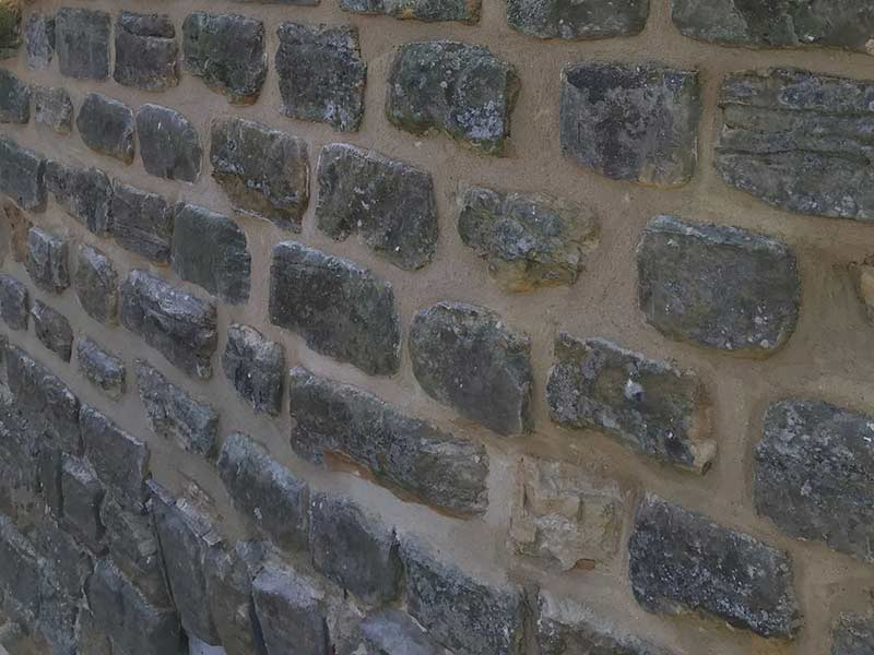 Re-Pointing on Stone Wall